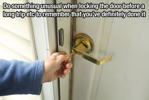 unusual locking lifehack
